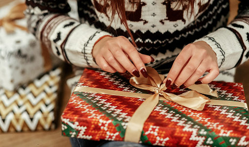 Find Your Christmas Gift Ideas in Cedar Park at Shops of Whitestone